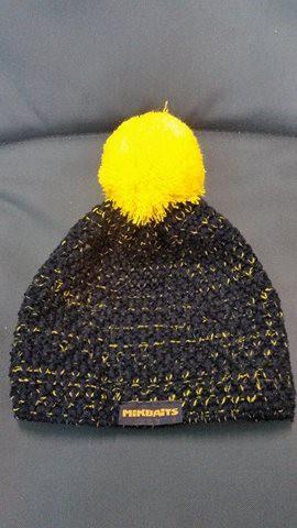 MikBiats čiapka NEW čierna s žltou bambuľov