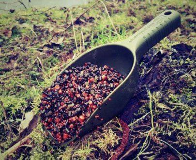 RidgeMonkey - lopatka na kŕmenie - zelená