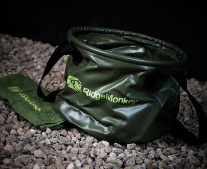 RidgeMonkey Skladacie vedro (Collapsible Bucket) + uterák