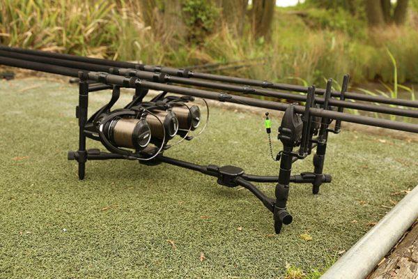 img 2276 600x400 - FOX Black Label Pod 3 rod kit- stojan