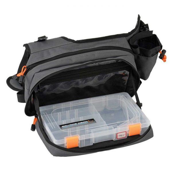 savage gear taska sling shoulder bag 1 1 600x600 - Savage Gear Taška Sling Shoulder Bag (20x31x15cm)